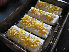 Буррито в форме для выпечки