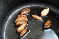 Чеснок в оливковом масле