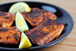 Жареное филе лосося